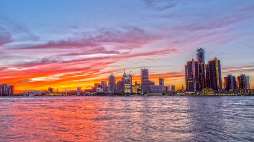invertir en Detroit desde Argentina